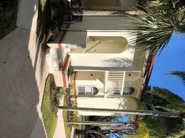 3 bed 2 bath Condo at 200 Cypress Point Dr Palm Beach Gardens, FL, 33418 is for sale at 228k - 1 of 6