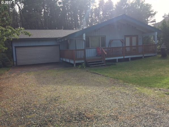2 bed 1 bath Single Family at 1216 232nd Ln Ocean Park, WA, 98640 is for sale at 200k - 1 of 8