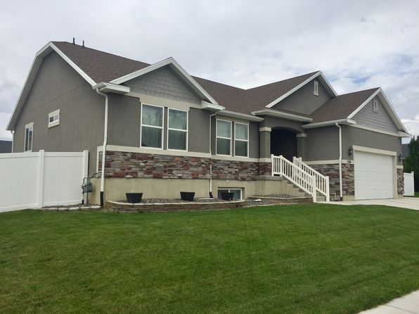 3 bed 3 bath Single Family at 1594 S Bridle Path Loop Lehi, UT, 84043 is for sale at 419k - 1 of 32
