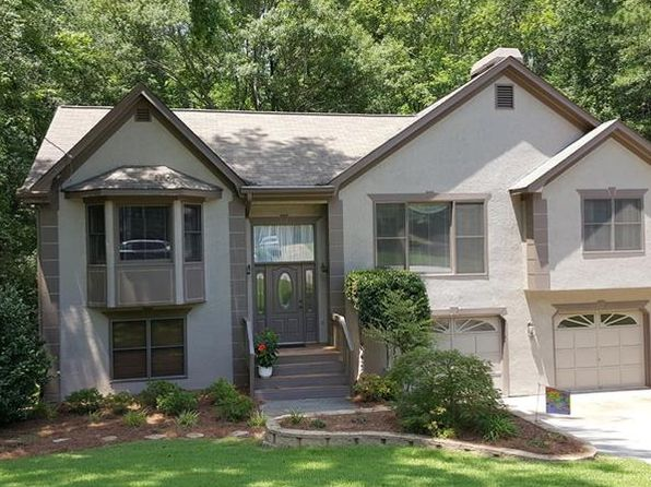 3 bed 3 bath Single Family at 2647 Laurel Woods Ln SE Conyers, GA, 30094 is for sale at 142k - 1 of 34