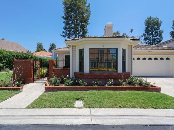 2 bed 2 bath Single Family at 28143 Alava Mission Viejo, CA, 92692 is for sale at 750k - 1 of 19