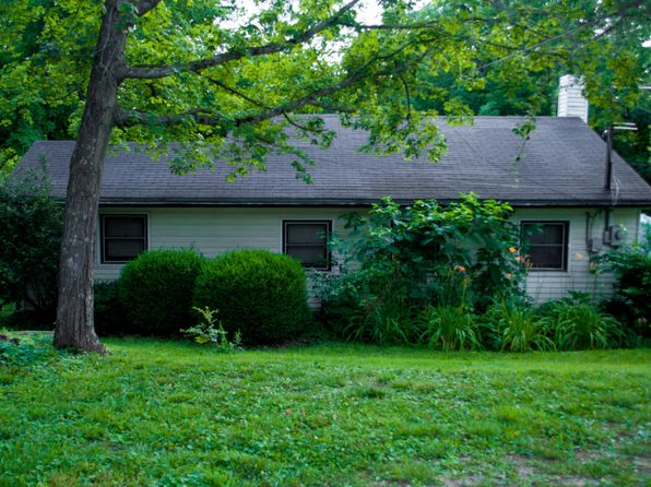 3 bed 1 bath Single Family at 5900 Haunz Ln Louisville, KY, 40241 is for sale at 110k - 1 of 5