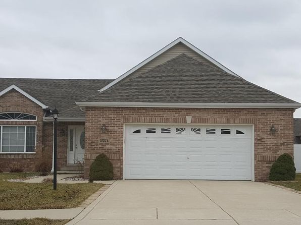 4 bed 3 bath Single Family at 10375 Nelson St Crown Point, IN, 46307 is for sale at 275k - 1 of 13