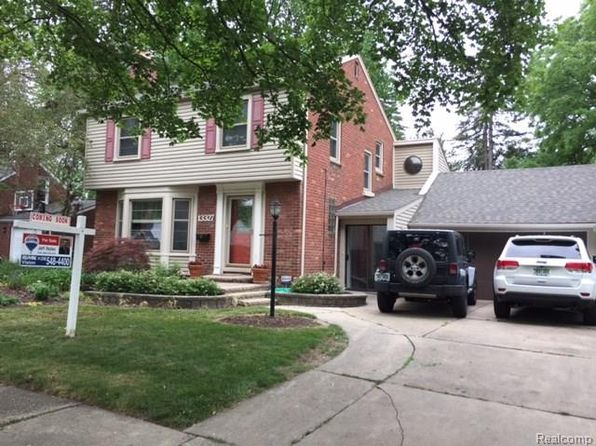 3 bed 2 bath Single Family at 13327 Hart Ave Huntington Woods, MI, 48070 is for sale at 370k - google static map