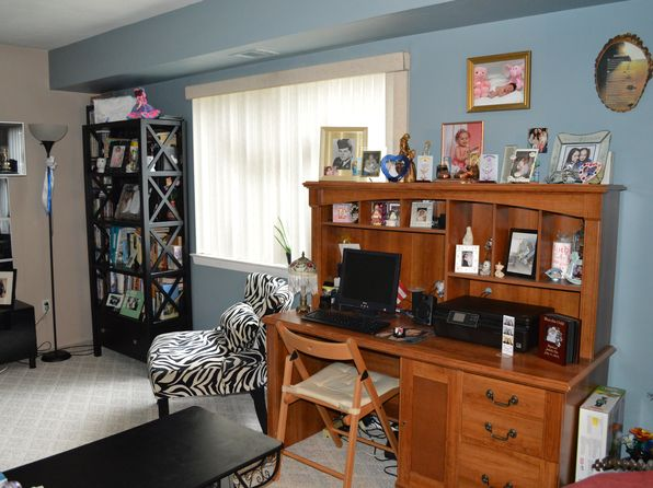 2 bed 1 bath Single Family at 14 Pointe Cir S Coram, NY, 11727 is for sale at 99k - 1 of 25