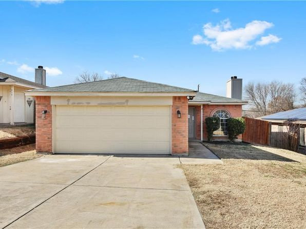 3 bed 2 bath Single Family at 812 Max St Fort Worth, TX, 76108 is for sale at 147k - 1 of 25