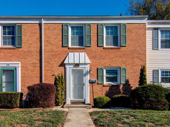 3 bed 2 bath Townhouse at 141 Southampton Dr Vinton, VA, 24179 is for sale at 105k - 1 of 29