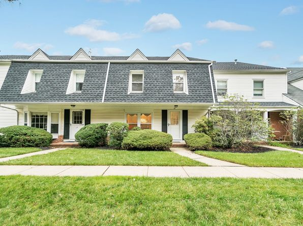 2 bed 3 bath Townhouse at 18 Eastham Scotch Plains, NJ, 07076 is for sale at 370k - 1 of 24