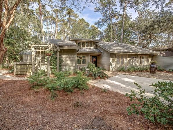 4 bed 4 bath Single Family at 27 Hollyberry Ln Hilton Head Island, SC, 29928 is for sale at 679k - 1 of 30