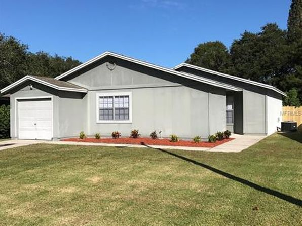 2 bed 2 bath Single Family at 1359 Primrose Ct Lakeland, FL, 33811 is for sale at 143k - 1 of 7