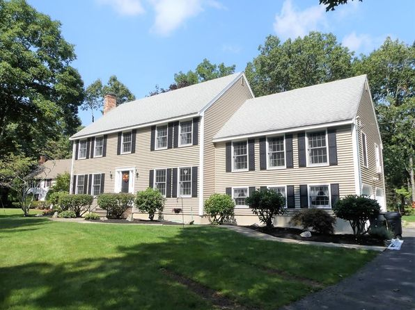 4 bed 3 bath Single Family at 1300 Salem St North Andover, MA, 01845 is for sale at 600k - 1 of 22