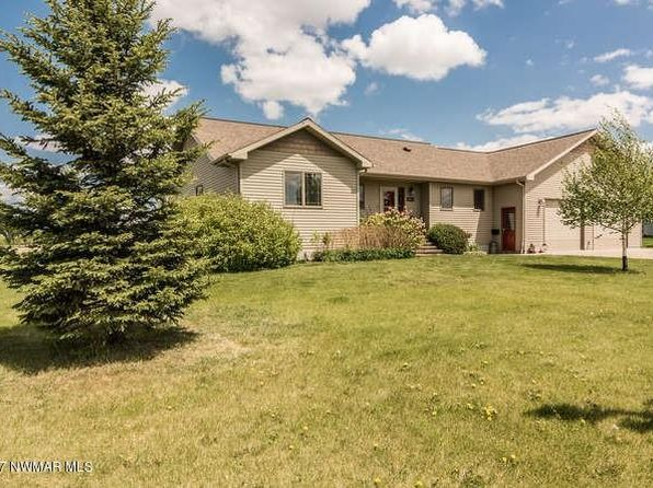 4 bed 3.25 bath Single Family at 605 Euclid Ave Crookston, MN, 56716 is for sale at 279k - 1 of 35