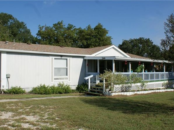 4 bed 2 bath Mobile / Manufactured at 1920 NW County Road 2162 Barry, TX, 75102 is for sale at 170k - 1 of 34