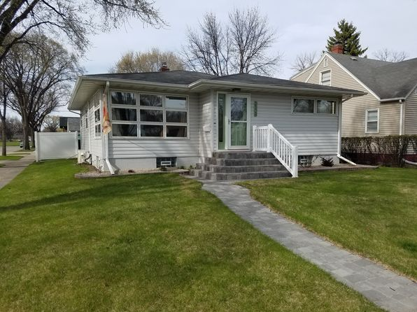 4 bed 3 bath Single Family at 2124 4th Ave N Grand Forks, ND, 58203 is for sale at 230k - 1 of 26