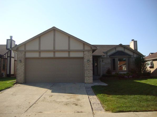 3 bed 2 bath Single Family at 22012 Wilshire Cir Macomb, MI, 48044 is for sale at 235k - google static map