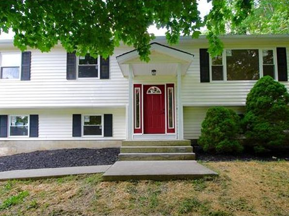 3 bed 3 bath Single Family at 1123 US Highway 6 Port Jervis, NY, 12771 is for sale at 265k - 1 of 28
