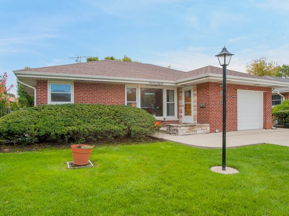 2 bed 2 bath Single Family at 6925 W Dobson St Niles, IL, 60714 is for sale at 285k - 1 of 16