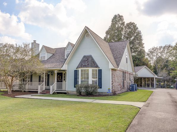 4 bed 3 bath Single Family at 13636 Mary Edith Pl Baton Rouge, LA, 70809 is for sale at 335k - 1 of 15