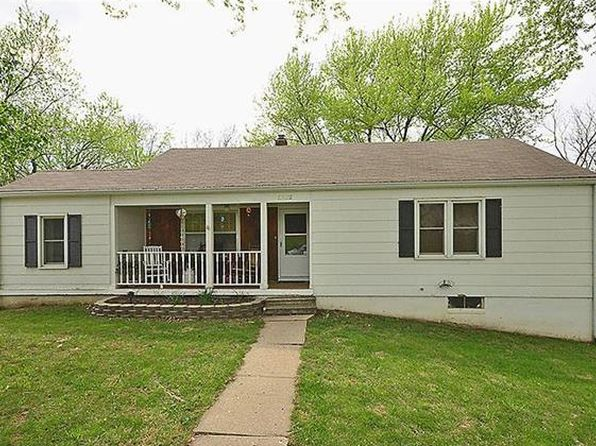 3 bed 1 bath Single Family at 5212 N Park Ave Kansas City, MO, 64118 is for sale at 127k - 1 of 13