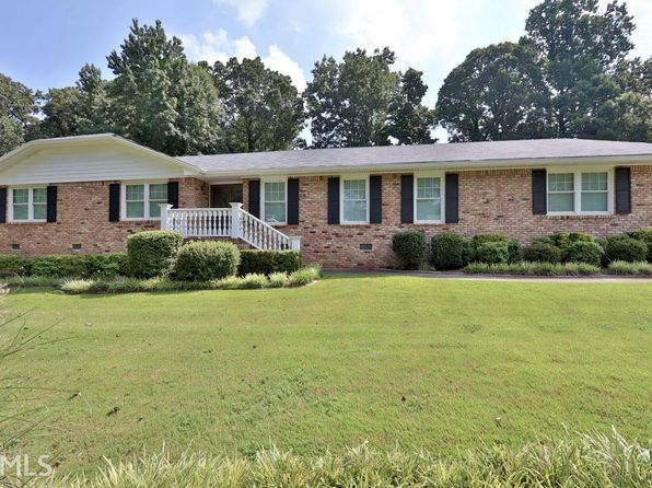 3 bed 2 bath Single Family at 1948 Harbour Oaks Dr Snellville, GA, 30078 is for sale at 249k - 1 of 30