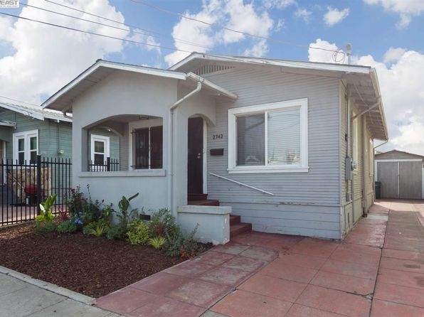 2 bed 2 bath Single Family at 2742 75th Ave Oakland, CA, 94605 is for sale at 329k - 1 of 16