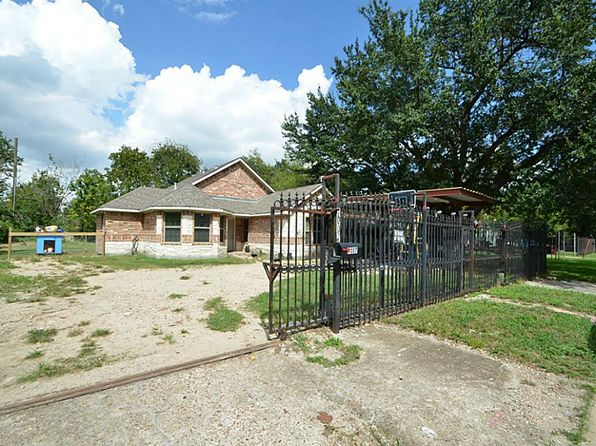4 bed 4 bath Single Family at 7007 Kinney St Houston, TX, 77087 is for sale at 220k - 1 of 16