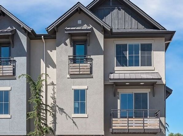 2 bed 2.5 bath Townhouse at 3270 E Thoroughbred Ln Boise, ID, 83716 is for sale at 350k - 1 of 21