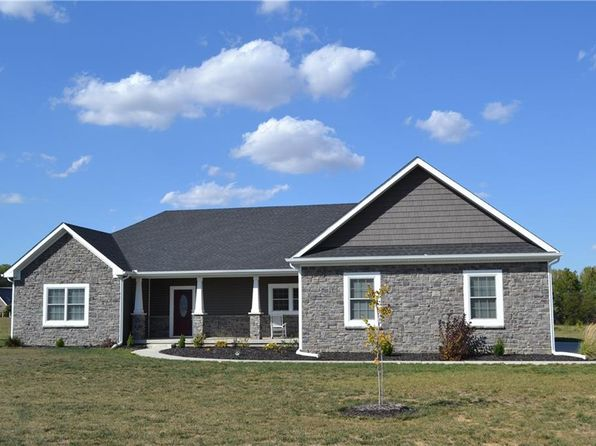 3 bed 3 bath Single Family at 1406 W Wade Ave Crawfordsville, IN, 47933 is for sale at 234k - 1 of 23