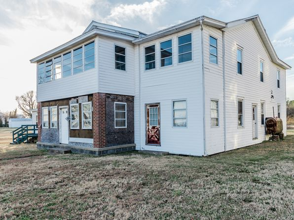 5 bed 2 bath Single Family at 6544 Morattico Rd Lancaster, VA, 22503 is for sale at 400k - 1 of 27
