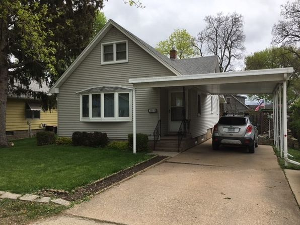 4 bed 2 bath Single Family at 2380 Garfield Ave Dubuque, IA, 52001 is for sale at 120k - google static map