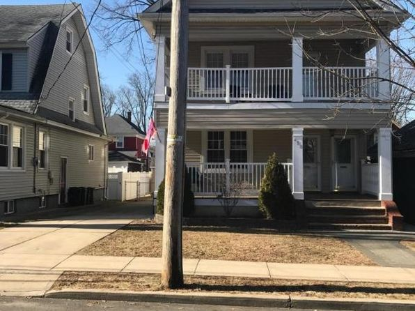 6 bed 3 bath Multi Family at 450 HOYT AVE STATEN ISLAND, NY, 10301 is for sale at 899k - 1 of 23