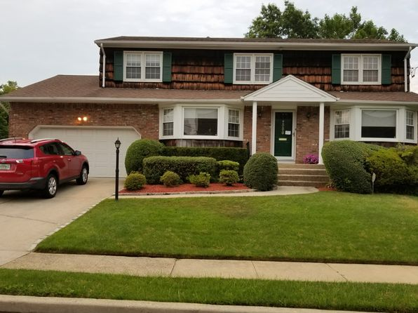 4 bed 3 bath Single Family at 558 Howard Ave Woodmere, NY, 11598 is for sale at 925k - google static map