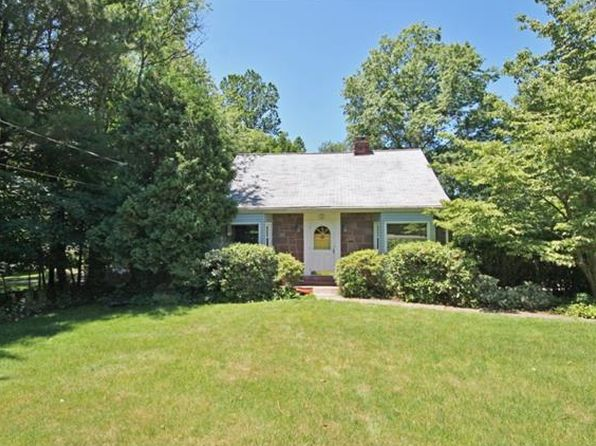 3 bed 2 bath Single Family at 345 S Middletown Rd Pearl River, NY, 10965 is for sale at 370k - 1 of 30