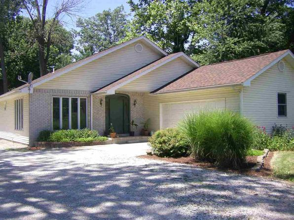 3 bed 2 bath Single Family at 147 N THORPE PL WEST TERRE HAUTE, IN, 47885 is for sale at 125k - 1 of 16