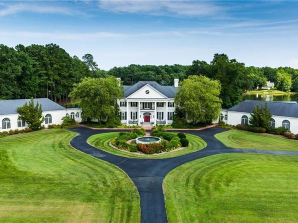 7 bed 7 bath Single Family at 355 Ditchley Rd Kilmarnock, VA, 22482 is for sale at 3.89m - 1 of 32