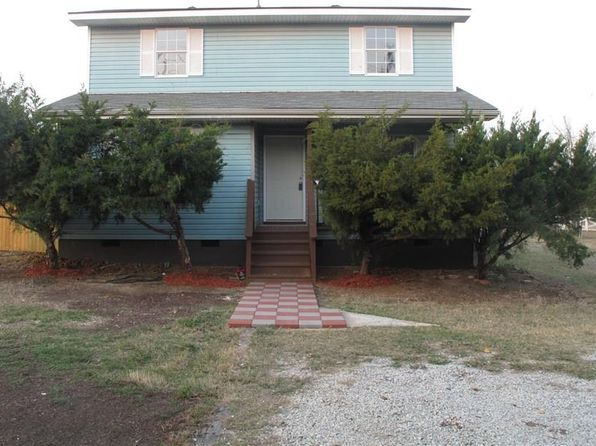 3 bed 2 bath Single Family at 5839 Mills Rd Denton, TX, 76208 is for sale at 195k - 1 of 10
