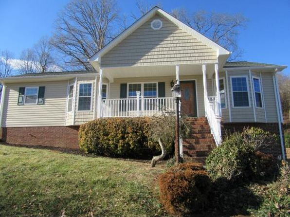 3 bed 2 bath Single Family at 224 Charlton Green Dr Kingsport, TN, 37663 is for sale at 179k - 1 of 24