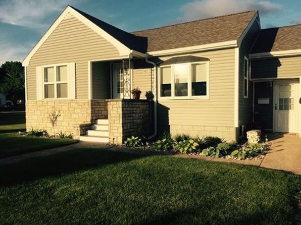 2 bed 1 bath Single Family at 605 S 19th St Escanaba, MI, 49829 is for sale at 120k - 1 of 16