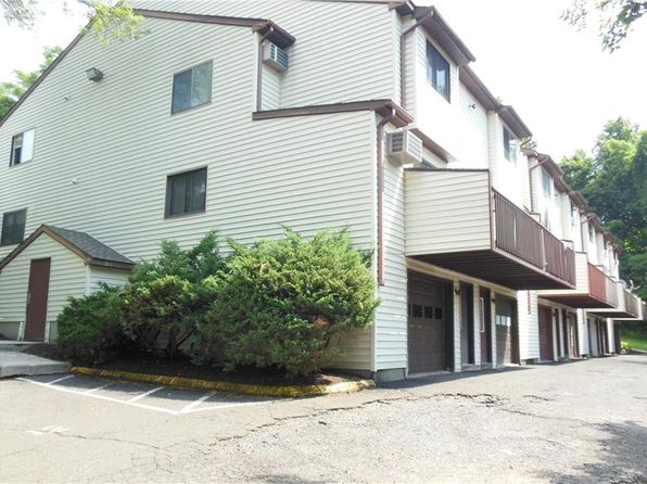 2 bed 1.5 bath Condo at 8 Scuppo Rd Danbury, CT, 06811 is for sale at 150k - 1 of 14