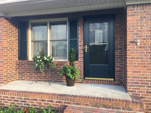 3 bed 2 bath Single Family at 61 Pleasure Dr Mayfield, KY, 42066 is for sale at 147k - 1 of 22