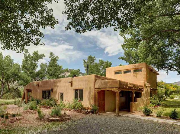 3 bed 5 bath Single Family at  River Bnd Abiquiu, NM, 87510 is for sale at 1.27m - 1 of 25
