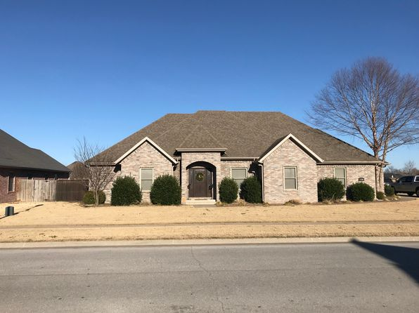 3 bed 3 bath Single Family at 1780 S RIVER MEADOWS DR FAYETTEVILLE, AR, 72701 is for sale at 270k - 1 of 13