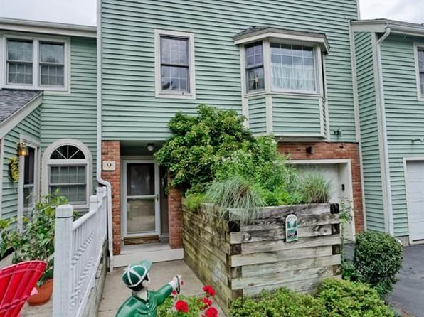 3 bed 3.1 bath Townhouse at 9 Lakeview Rd Saratoga Springs, NY, 12866 is for sale at 455k - google static map