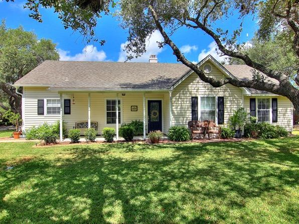 3 bed 2 bath Single Family at 101 Weeping Willow Rockport, TX, 78382 is for sale at 294k - 1 of 43