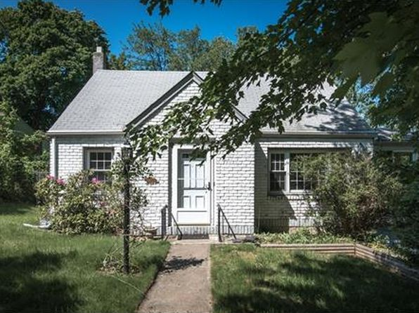 4 bed 1 bath Single Family at 28 Dickinson Ave Nyack, NY, 10960 is for sale at 325k - 1 of 26