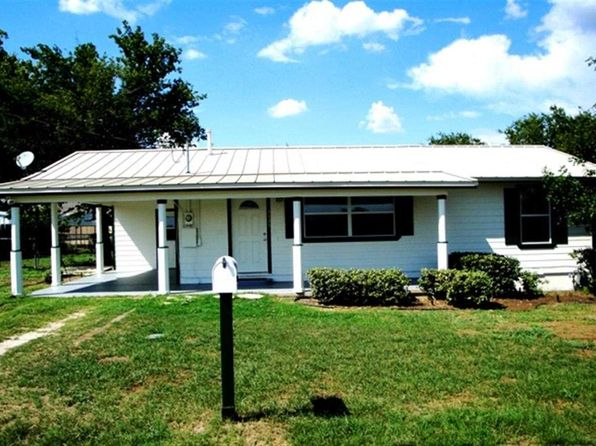 2 bed 1 bath Single Family at 1105 E COLLEGE ST LLANO, TX, 78643 is for sale at 140k - 1 of 14