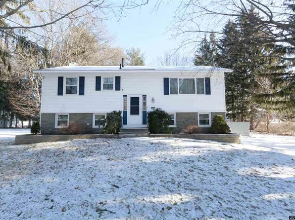 3 bed 3 bath Single Family at 49 Manchester Dr Halfmoon, NY, 12065 is for sale at 248k - 1 of 25