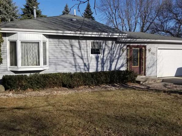 4 bed 3 bath Single Family at 1702 20th St NW Waverly, IA, 50677 is for sale at 170k - 1 of 16