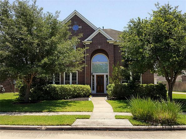4 bed 4 bath Single Family at 2325 Echo Harbor Dr Pearland, TX, 77584 is for sale at 315k - 1 of 30