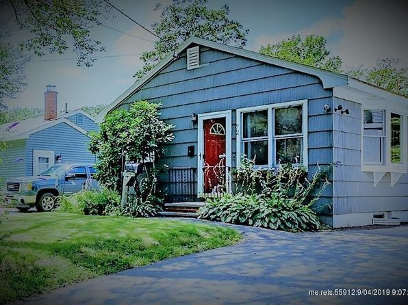 Miraculous South Portland Me Single Family Homes For Sale 46 Homes Home Interior And Landscaping Palasignezvosmurscom